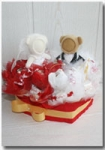 Свадебный фотосувенир в цветочно-конфетном сердце